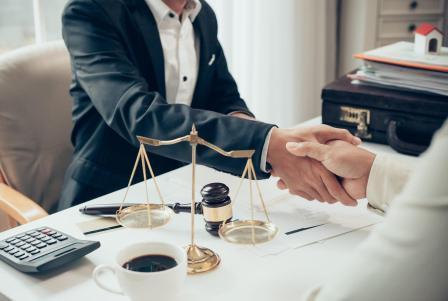 Польза юридических услуг