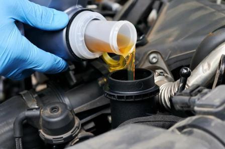 Особенности синтетического моторного масла